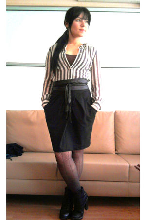 black skirt - beige shirt