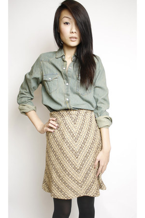 tan Swaychiccom skirt