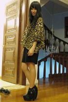 black Heel & Sole boots - black Giordano Ladies skirt - camel F-Stop top