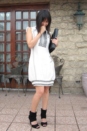 Tsumori Chisato dress - Zara shoes - purse
