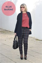 Oysho shirt - hakei bag - Massimo Dutti cardigan - Zara pants