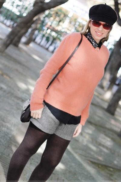 Uterqüe sweater - pull&bear shorts