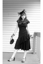 black vintage JT Petites dress - black t-strap Candies shoes