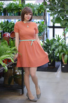 aquamarine American Eagle belt - coral Ruche dress
