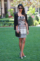black tribal print Bebe dress - black satchel Levis bag