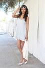 Light-blue-floral-forever-21-dress