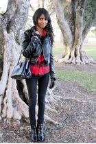 black vintage bag - black Urban Outfitters jeans - black Nine West boots - black