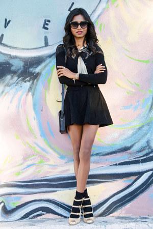 black lace H&M sweater