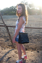vintage shirt - vintage shorts - f21 shoes - vintage chanel purse