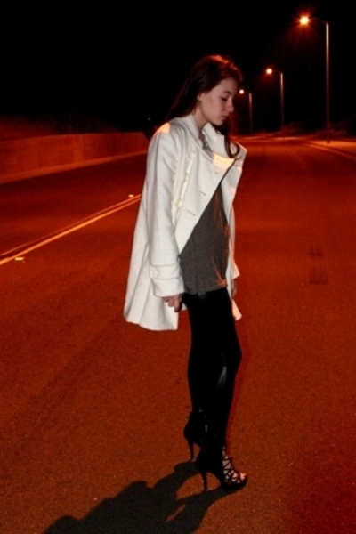 forever 21 coat - Urban Outfitters top - American Apparel pants - gojanecom shoe