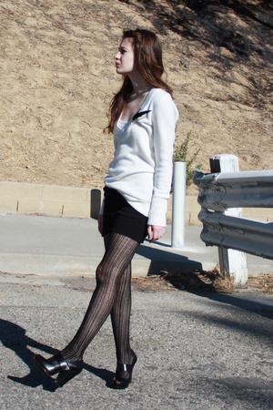 H&M sweater - American Apparel skirt - Zinc shoes