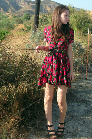 vintage dress - vintage belt - jefferey campbell shoes