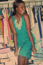 sky blue Lulus necklace - teal Mossimo dress