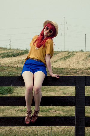 blue Forever21 shorts - Forever21 hat - peach H&amp;M sunglasses