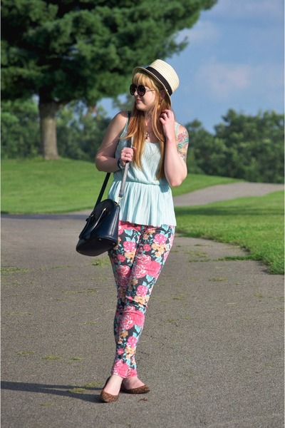 hot pink floral Target jeans - eggshell Gap hat - navy vintage coach bag