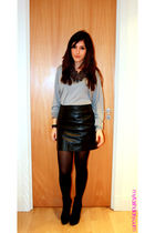 black vintage skirt - black Wolford stockings - black Jaegar necklace