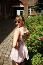 ivory heart shaped Topshop dress - aquamarine sunglasses