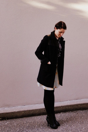 black bin man Alexa Chung For Madewell coat - ruffle front delias blouse