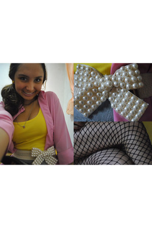 yellow blouse - light pink cardigan - eggshell pearls belt - black stockings - y