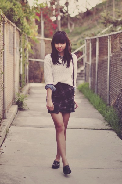 cream cropped Forever 21 sweater - gray tartan Sheinside skirt