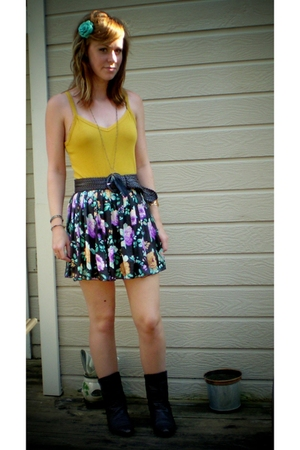 forever 21 top - forever 21 skirt - belt - Chinese Laundry boots