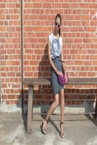 magenta H&M bag - heather gray skirt - black sandals - white cotton Zara t-shirt