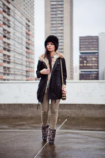 Zara boots - kaki Zara jeans - Printemps hat - Bel Air blazer