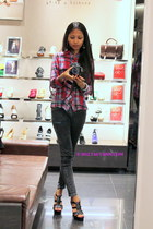 ruby red top - dark gray jeans - black Charles and Keith heels