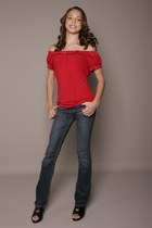 red I-N-C top - Abercrombie jeans - shoes