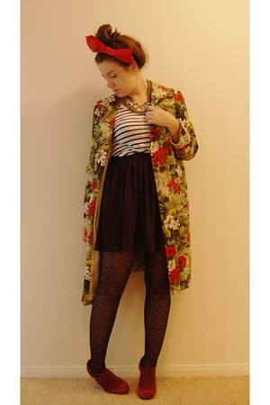 red vintage coat - gold JCrew necklace - white H&M t-shirt - black American Appa