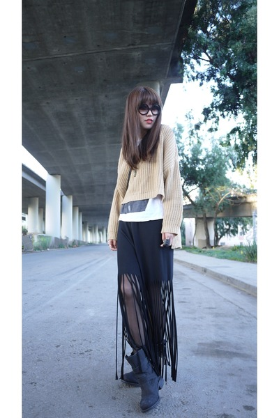 fringe skirt - knit Violet Boutique sweater