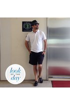 Hard Rock Cafè hat - Lands End shirt - Cherokee shorts - Marc Anthony loafers