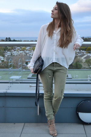 ivory Forever 21 blouse - olive green pull&amp;bear jeans