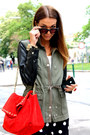 Army-green-h-m-jacket-red-zara-bag-navy-forever21-shorts