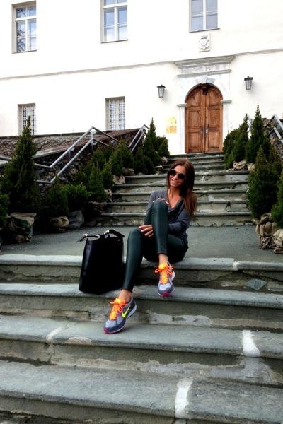 hot pink nike sneakers - yellow nike sneakers - black Zara bag