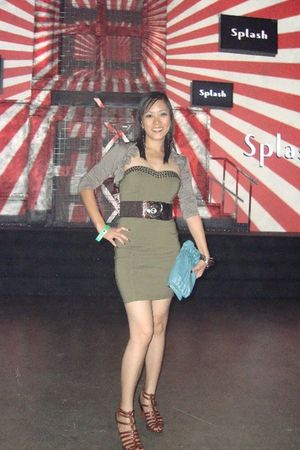 green H&M dress - brown shoes - blue purse