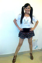 white Max top - black skirt - Kenneth Cole shoes