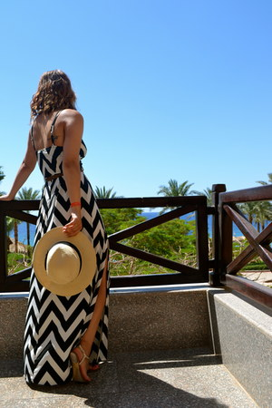 maxi chevron new look dress - H&M hat - River Island sandals