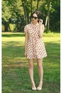 Tawny-dress-black-cat-eye-cutie-sunglasses-eggshell-floral-wedges
