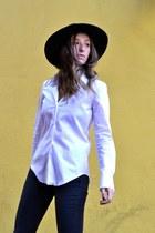 white Zara blouse - black Zara boots - gray ripped skinny rag & bone jeans