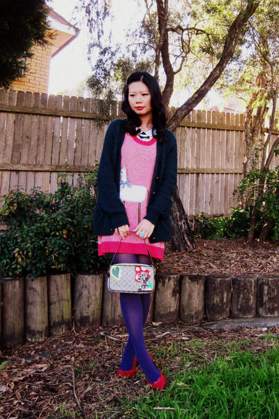Siren dress - Ambra tights - Louis Vuitton bag - vintage accessories - Urban Out