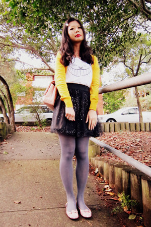 tights - bag - skirt - t-shirt - cardigan - flats