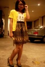 Gray-cmg-shoes-black-thrifted-dress-yellow-the-circus-act-cardigan-black-l