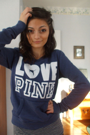 blue victorias secret pink sweater