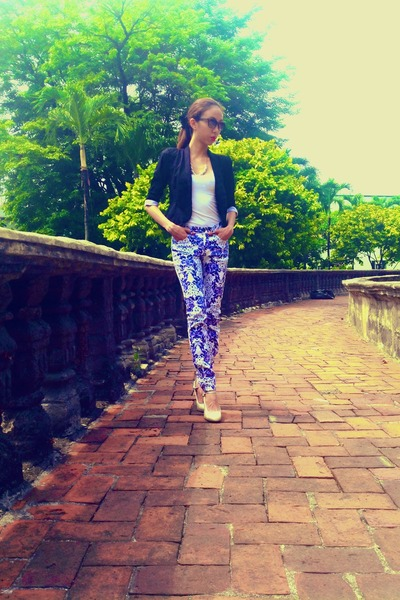 The Ramp jacket - H&M top - cotton on pants - Charles and Keith pumps