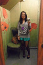 Grey-sweater-patterned-tights-blue-green-shorts-black-flats