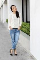ivory knit unknown sweater - blue faded loose-fit Zara jeans