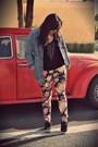 Black-romwe-shirt-coral-floral-print-jeans-light-blue-levis-jacket