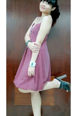 hot pink bubble human dress - black studded Parisian clogs - white my pilipinas
