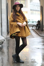 Greek-print-shirt-boots-h-m-hat-baroque-skirt-zalando-collection-cape